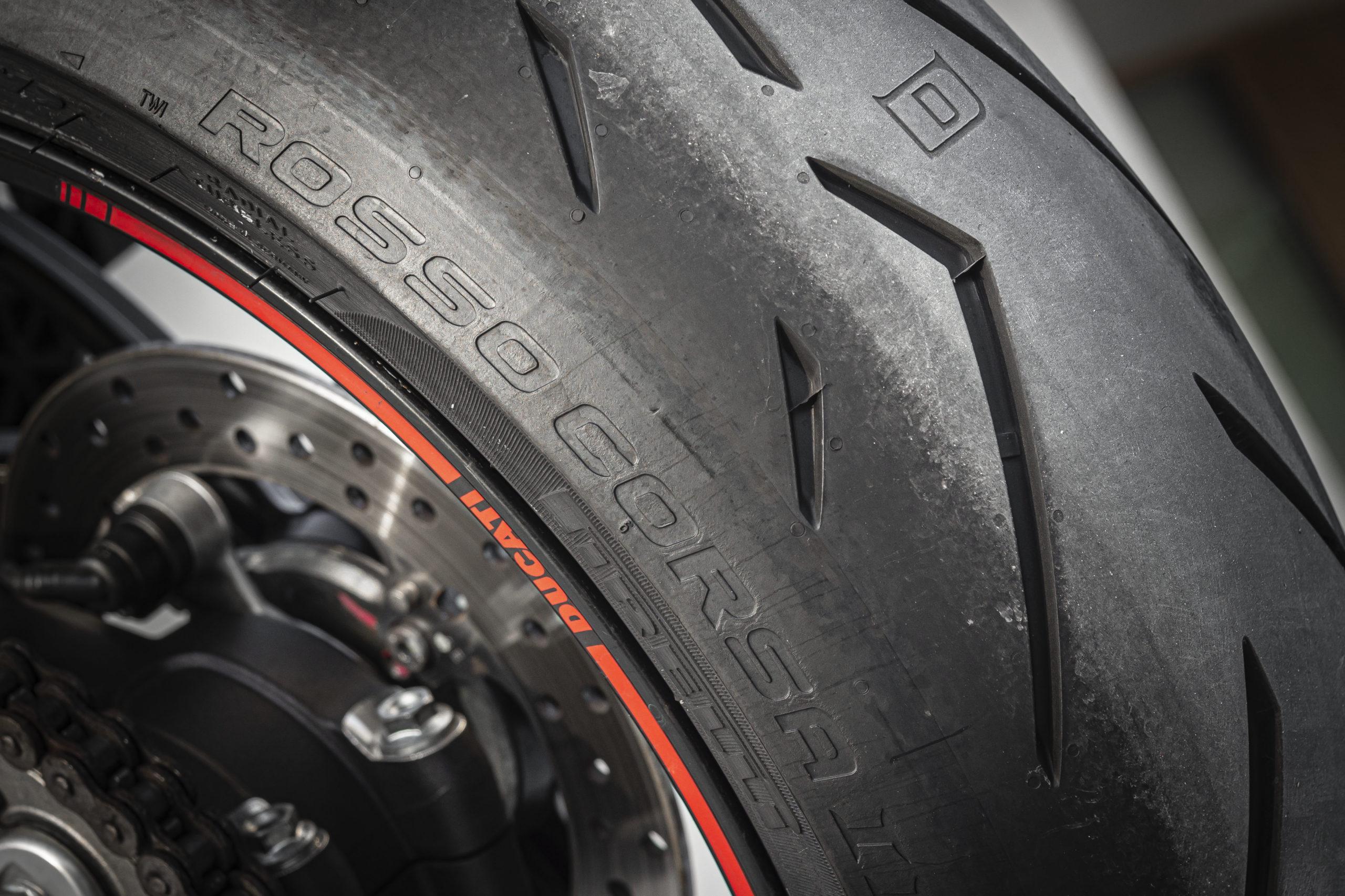 Neumáticos Diablo Rosso Corsa II